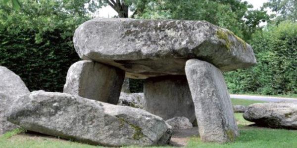 MEGALITHISM: The Pierre des Feés dolmen, Reignier, Haute Savoir, France